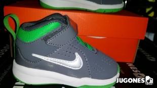 Nike team Hustle D6 (TD)