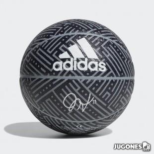 Balon Adidas Harden talla 3