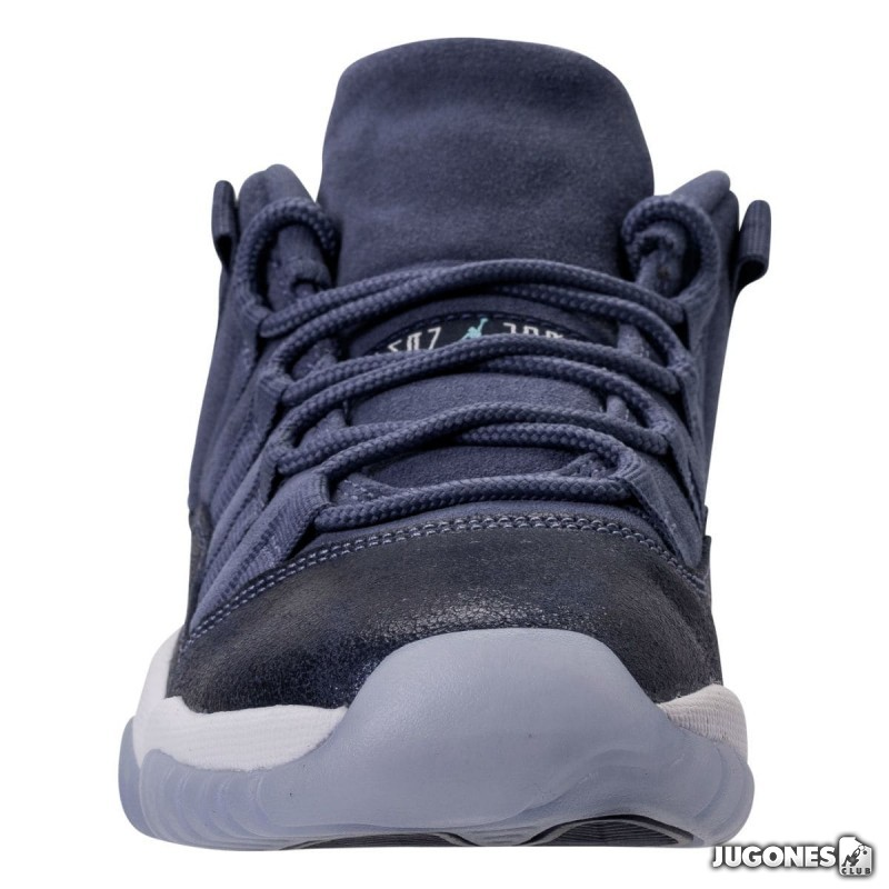 Jordan 11 Retro Low Blue Moon GG bc4dbb7f0